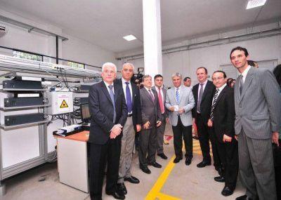 El gobernador participó de la inauguración de una nueva empresa