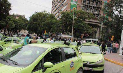 Sube un 22,5% la tarifa de taxis y remises; es el segundo aumento en cinco meses