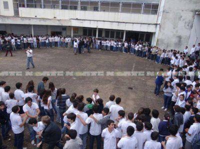 Padres denunciaron presiones a directivo y profesores del ex Colegio Industrial