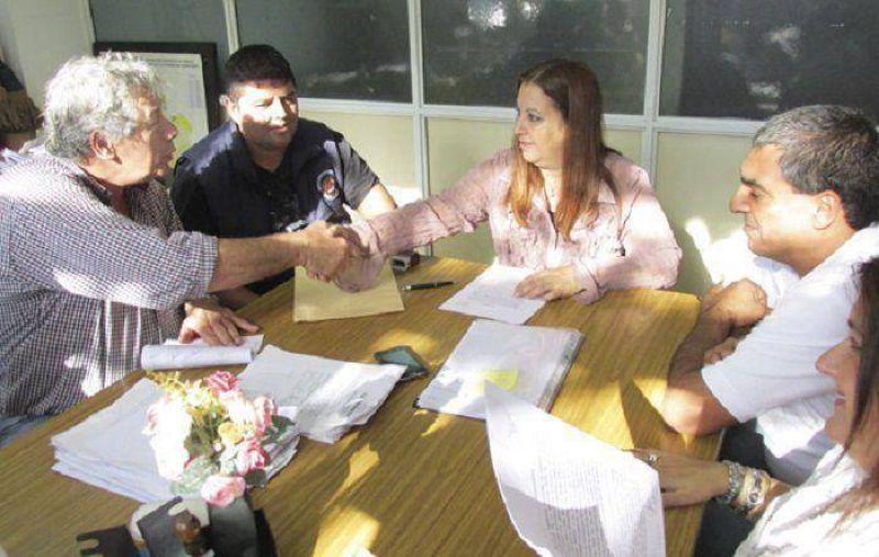 Puerto: Se reincorporarán a los 33 trabajadores navales