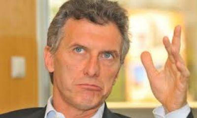 Si se dieron vuelta no lo vieron... Visita fugaz de Macri a Bah�a Blanca