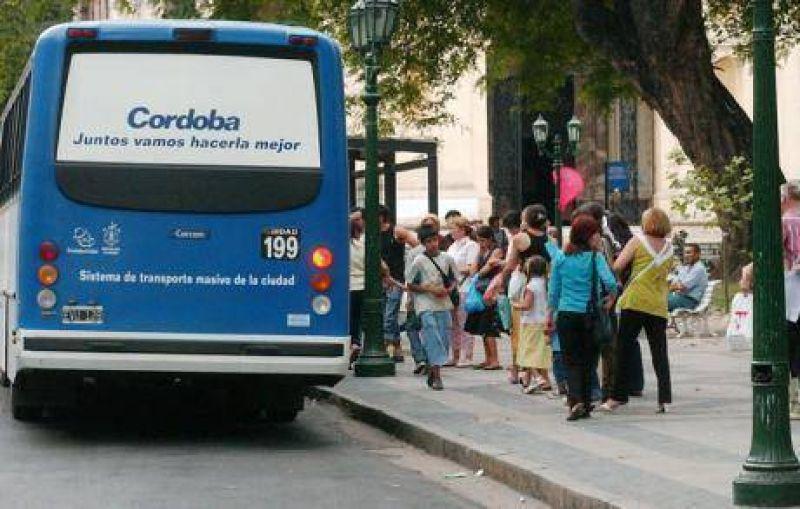 Choferes de Ciudad de Córdoba podrían parar el servicio