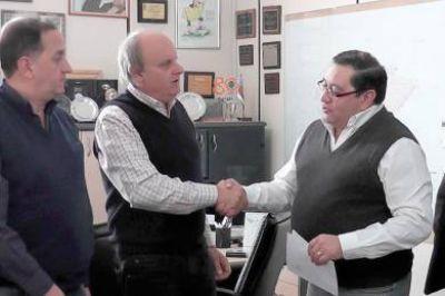 El Club Petroquímica recibió aporte del municipio