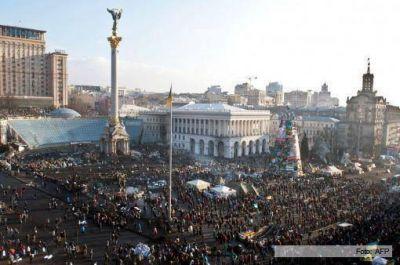 Ajeno a la campaña presidencial, el corazón de Kiev sigue tomado