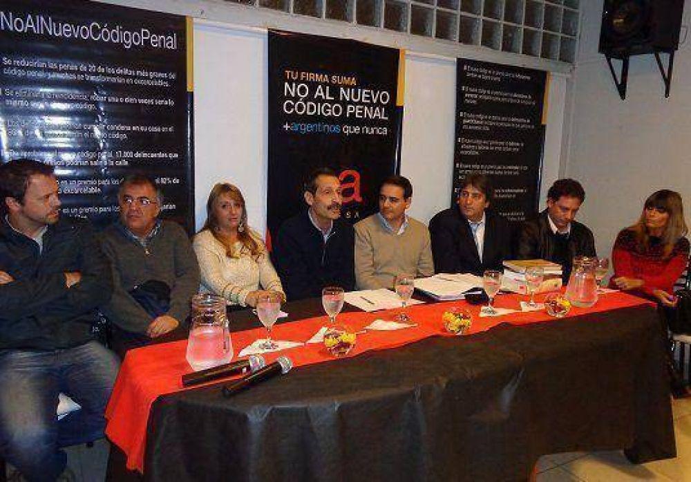 El massismo dio una charla contra el nuevo Código Penal en Villa Martelli