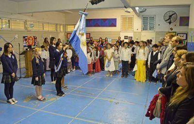 Las escuelas de San Fernando iniciaron los festejos patrios