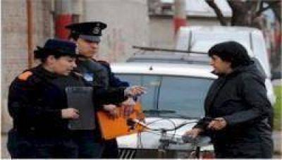 Policía Comunitaria en el barrio Las Flores Este