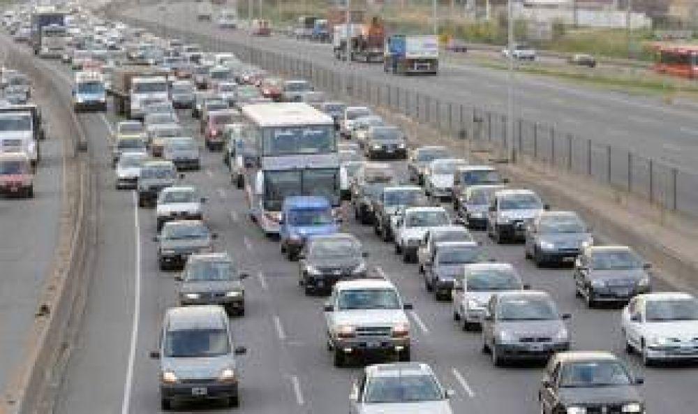 La UTA amenazó con parar el transporte público en el corredor Buenos Aires-La Plata