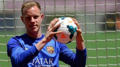 Barcelona present� a su primer refuerzo en el Camp Nou