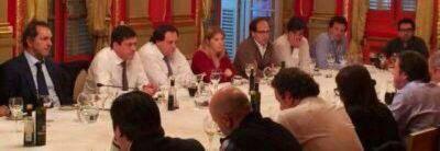 El Vicegobernador Mariotto y el gobernador Scioli compartieron un amuerzo de trabajo con senadores del FpV