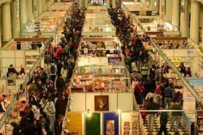 """José Cipollone: """"Los platenses nos merecíamos tener una Feria del Libro"""""""