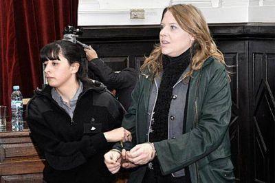 Condenan a la periodista a 13 años de prisión y al supuesto pastor a 18