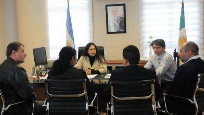 Gobierno: Cáceres recibió a equipo del Servicio Penitenciario que participará de un Congreso Internacional en Buenos Aires