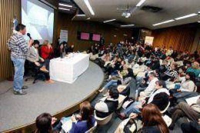 """""""Los cooperativistas juegan un rol clave para impulsar el desarrollo social"""", señaló Alicia Kirchner"""