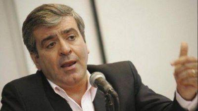 Cano respaldó la denuncia penal de Elías de Pérez contra Alperovich