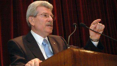F�brega admite que reservas no subir�n a pesar de la liquidaci�n de d�lares del agro