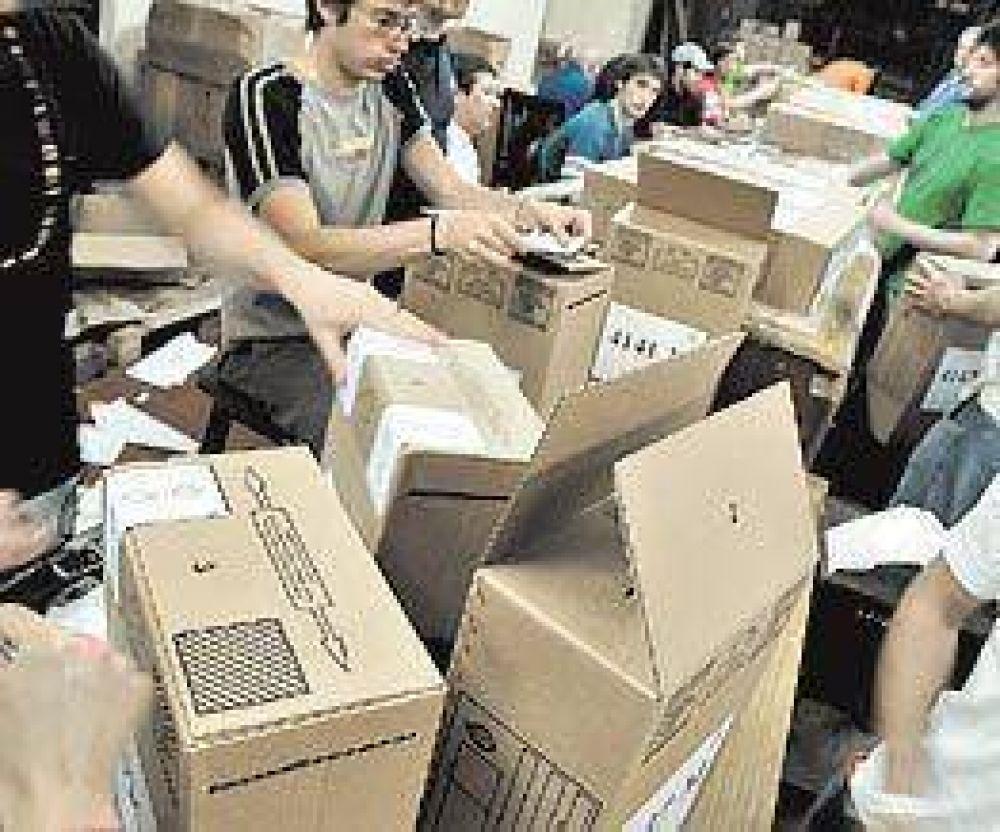 Denunciaron irregularidades en la compra de las urnas