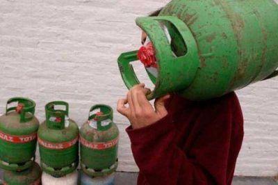 Vecinos de Las Paredes recurren a la presidenta para lograr la obra del gas natural