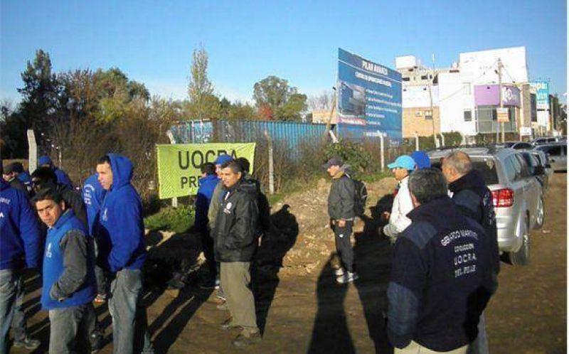 La UOCRA paraliz� la obra del predio donde se va a construir el nuevo hospital y centro de monitoreo