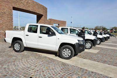 Cariglino junto al hiper Coto entregó móviles para la policía comunal