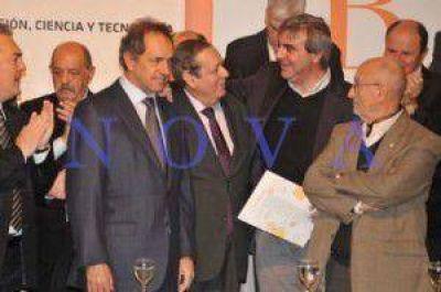Scioli entregó a Durañona la Prefactibilidad para el desarrollo del Parque AgroIndustrial