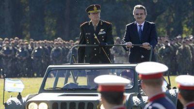 El Gobierno anunció un aumento para las Fuerzas Armadas