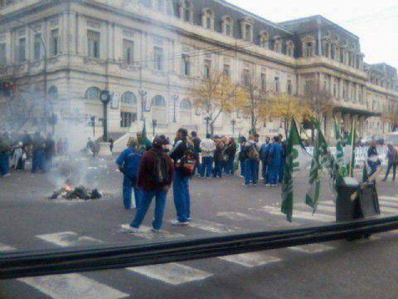 Nueva manifestación de trabajadores de Maestranza