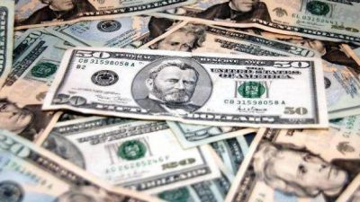 Efecto post Club de París: el dólar blue casi no se movió