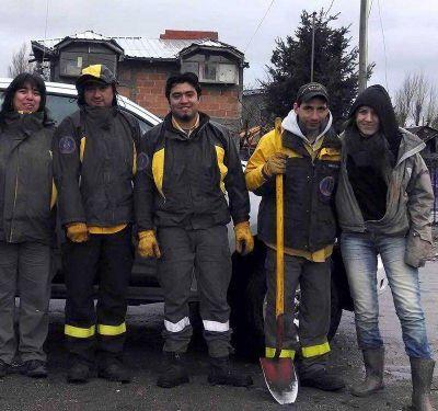 Campa�a de forestaci�n en el barrio Nuestras Malvinas