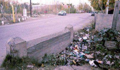 Tapar�n el canal al costado de la calle Coll en Rivadavia