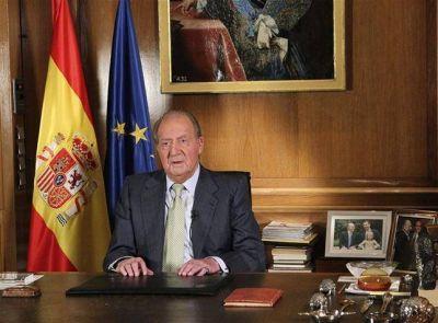 España: en plena crisis, cambio de rey y de era
