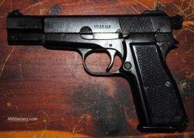 Amenazó a su preceptor con una réplica de 9mm