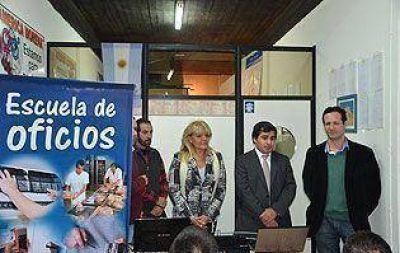 La UNLZ inauguró una nueva Escuela de Oficios