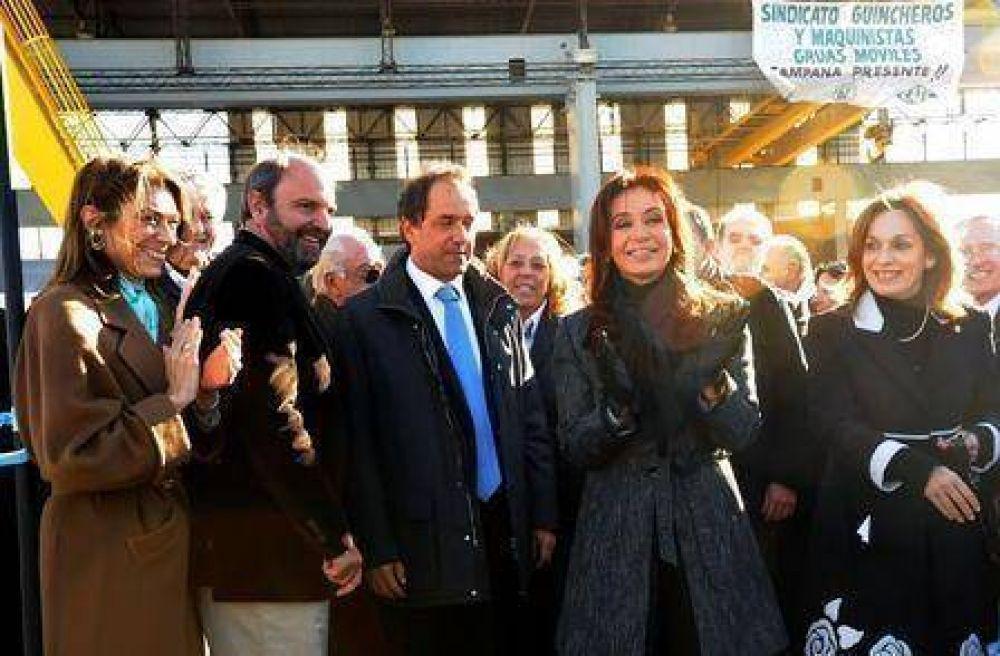 Cristina Fernández  La Presidente asistió a la inauguración de un Astillero en nuestra ciudad