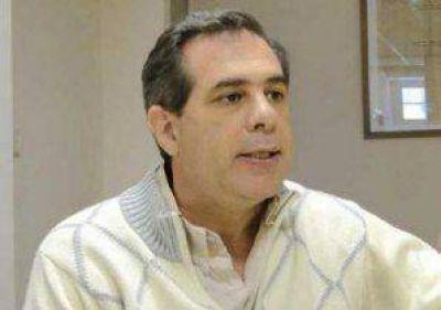 Cappelletti: �La realidad es que son emprendimientos privados de Samid�