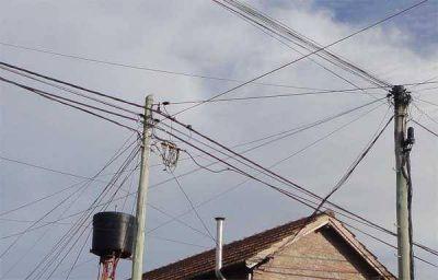 Eliminar el cableado aéreo e instrumentar conductos subterráneos