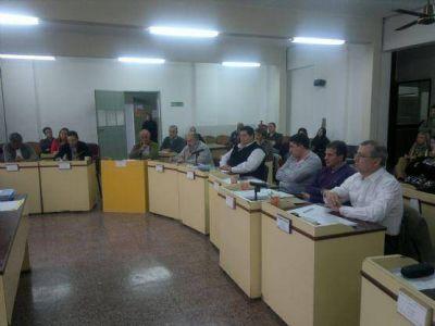 Sesión especial en el Concejo Deliberante: Rendición de cuentas desaprobada, tarifas de taxis aprobada