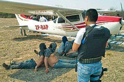 Grave denuncia de muerte de gendarmes y avance de narcos colombianos