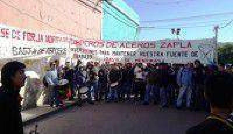 El gremio de trabajadores de Aceros Zapla no acató la conciliación obligatoria