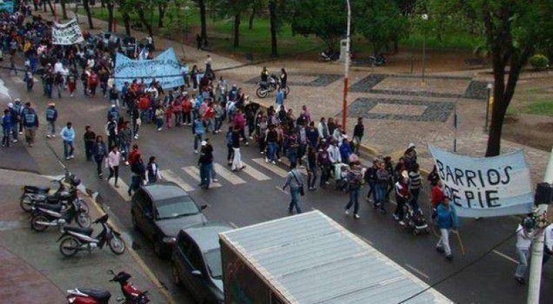 Barrios de Pie repudi� la persecuci�n a dirigentes gremiales y sociales