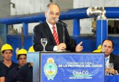 Capitanich viaja al Chaco para poner orden en su pago chico
