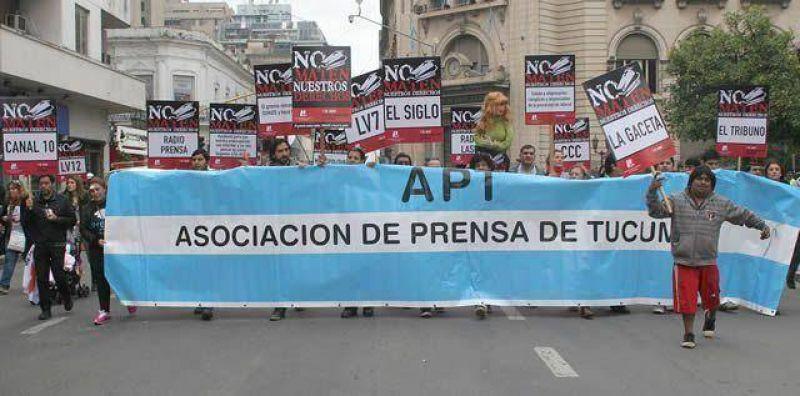 Trabajadores de prensa marcharon contra la precarizaci�n, la violencia y el acoso laboral
