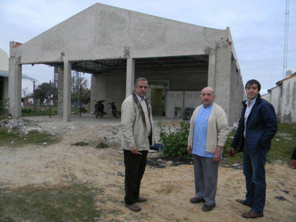 Aníbal Godoy recorrió el interior para supervisar trabajos y visitar construcciones