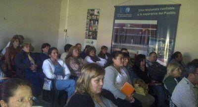 Charla sobre salud sexual y reproductiva en El Porvenir