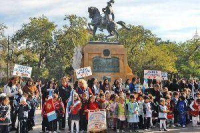 Santiago conmemor� el D�a de la Educaci�n Vial Nacional