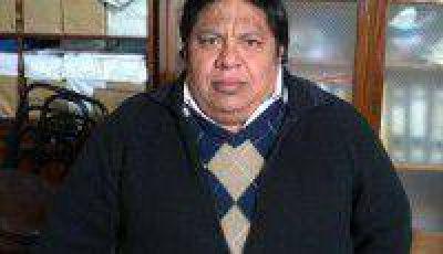 ADEP, V�ctor Mendoza fue ratificado como candidato de la Lista 10 Azul