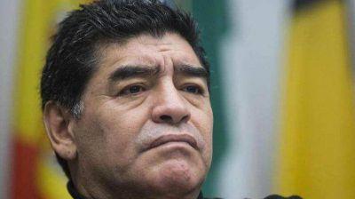 Maradona desmintió haber golpeado a Oliva: