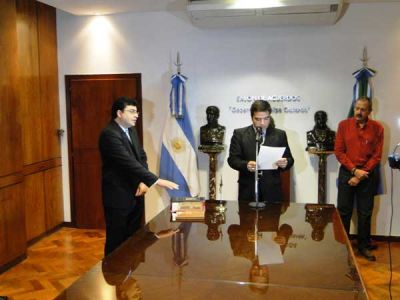 El ministro de Salud tomó juramento a los nuevos subsecretarios de esta cartera