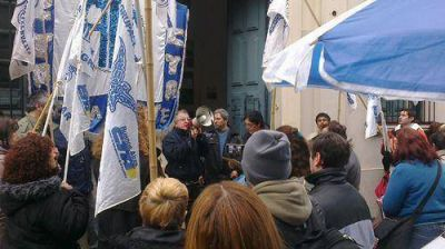 Los trabajadores de ATE Zona Norte marcharon por la democratización de IOMA