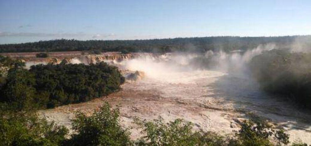Reabrieron las pasarelas de las Cataratas del Iguazú